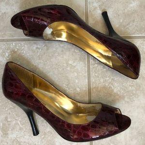 Enzo Angiolini Dark Red Eamaylie Croco Heels 9.5